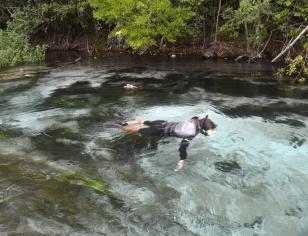Renato Weil/A Casa Nômade- 2016.Bonito-MS.Flutuação no rio sucuri