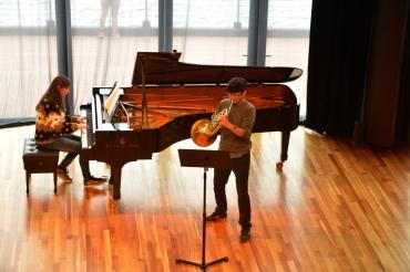 Renato Weil/A Casa Nômade- 2017.Frutillar-CL.Vulcão Osorno.Teatro del Lago