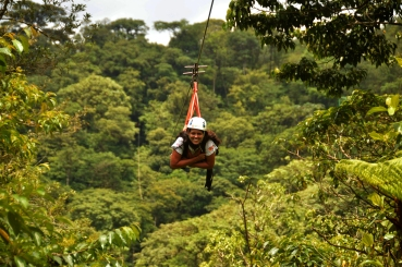 Foto Renato Weil/A Casa Nomade-2018. San Luis.Costa Rica. Parque de aventuras San Luis. Tirolesa