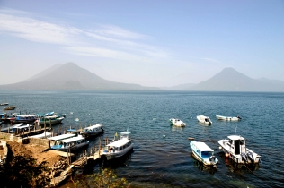 Foto Renato Weil/A Casa Nomade-2018. .Guatemala.Lago Atitlan, Panajachel