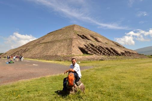 Foto Renato Weil/A Casa Nomade.2018.Cidade do Mexico-Mexico. Piramedes de Teotihuacan