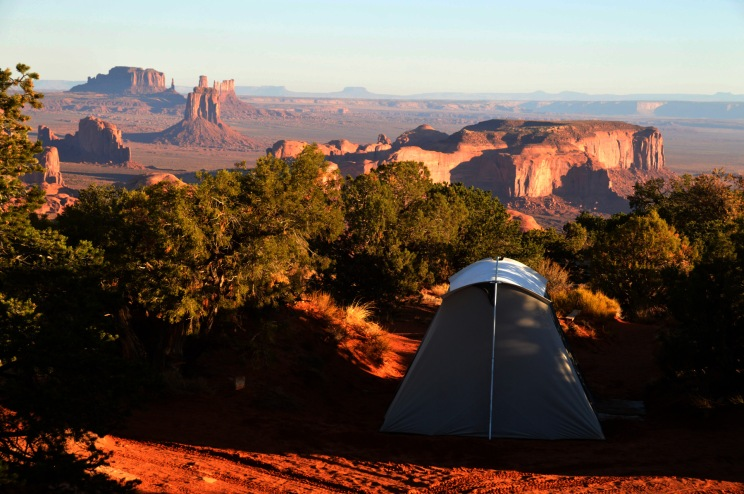 Foto Renato Weil/A Casa Nomade.2018.Estados Unidos.Morument Valley.Acampamento Hunts Mesa